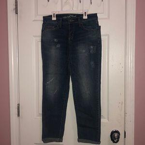 Medium Wash a Boyfriend Cropped Jeans